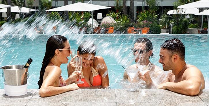 La Concha friends in a swimming pool